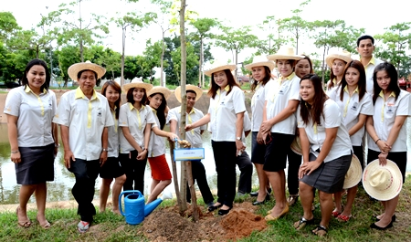 """กองบริการการศึกษา ร่วมงาน """"วันต้นไม้ประจำปีของชาติ"""""""
