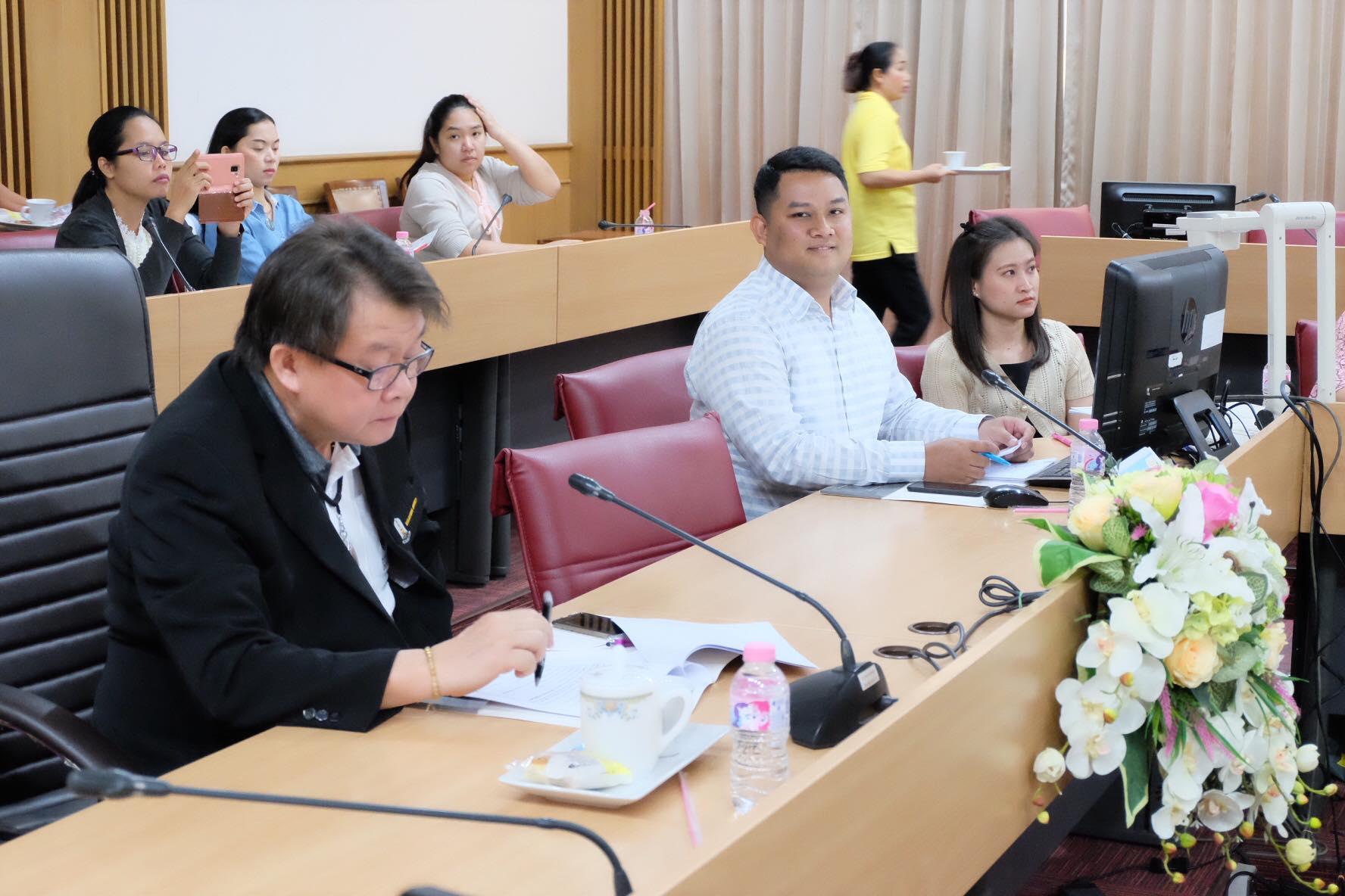 การรับนโยบาย และแนวทางการดำเนินงาน ศูนย์ส่งเสริม สนับสนุน บัณฑิตได้งานทำ ประจำปีการศึกษา 2563